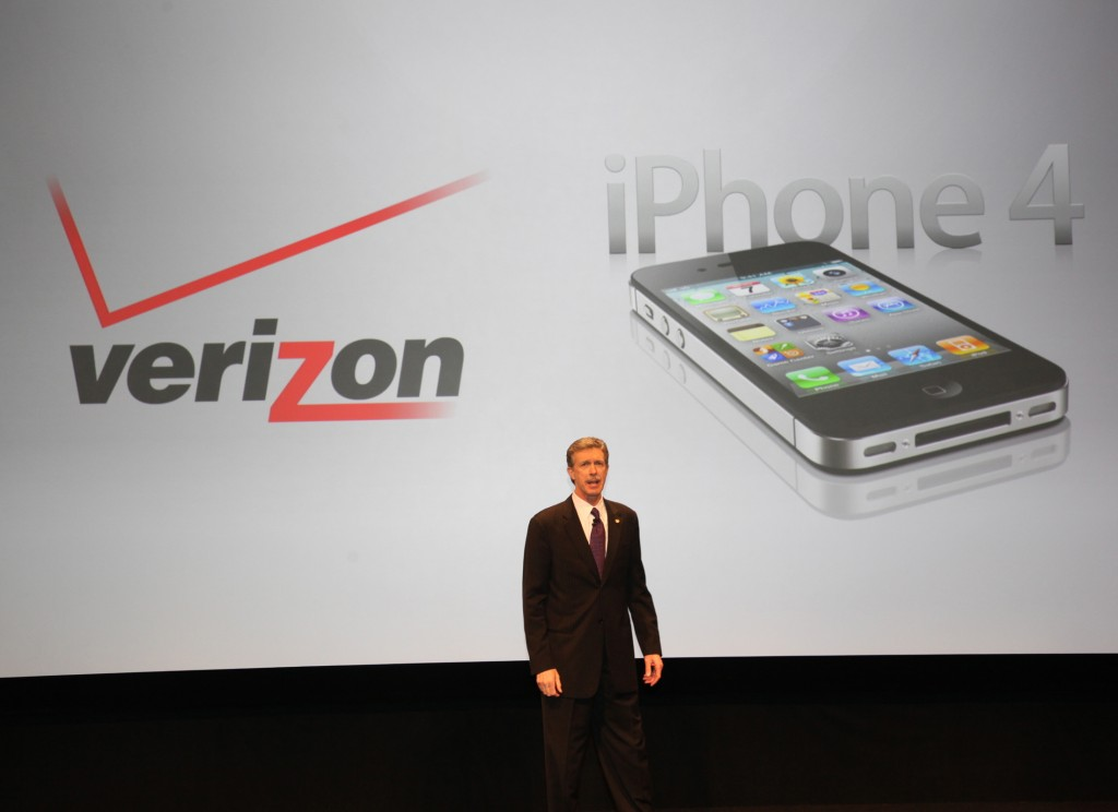 CDMA capable iPhone 4 coming to Verizon