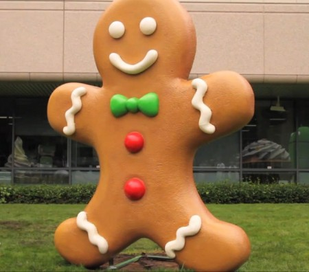 Gingerbread 2.3.3 for Nexus S AND One now rolling out.