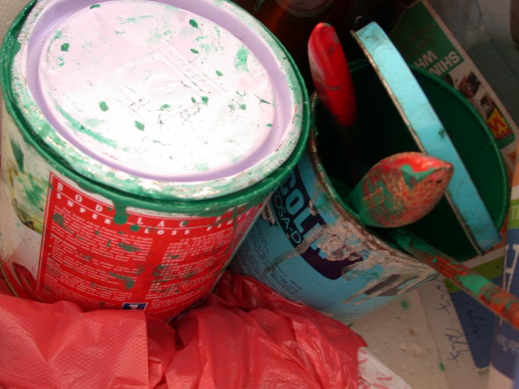 paint tin11