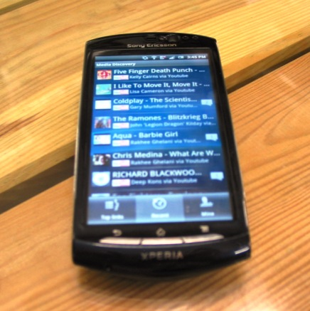 Sony Ericsson   Facebook inside