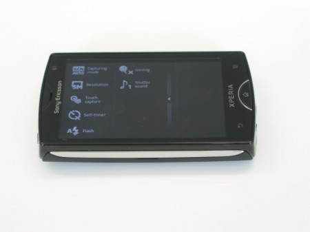 Hands on   Xperia Mini and Mini Pro