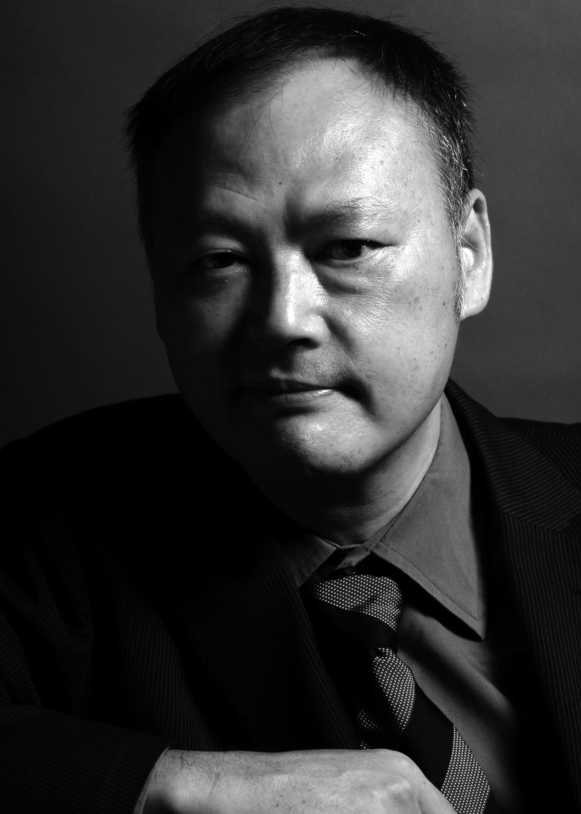 Peter Chou, CEO(1)