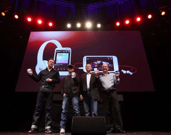 Phil Blair, Jimmy Iovine, Peter Chou, Florian Seiche 2