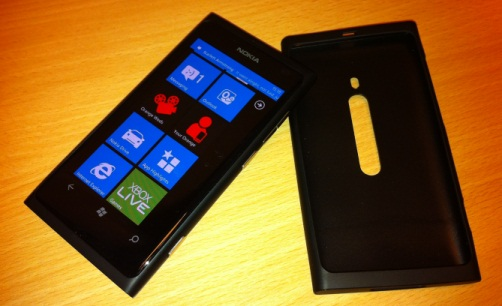 lumia800 with included case
