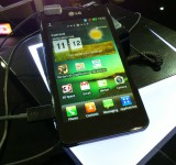 MWC   LG Optimus 3D Max   Up close