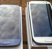 Picture Special   Samsung Galaxy SIII   Pebble blue vs white