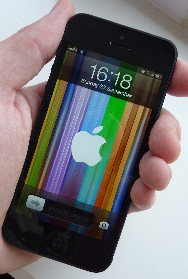 iPhone 5 front in hand