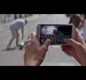 Robbie Williams uses a Galaxy SIII