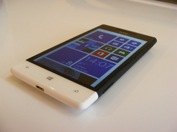 HTC 8S W 8