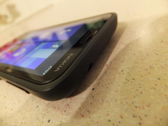 Nokia Lumia 620 3
