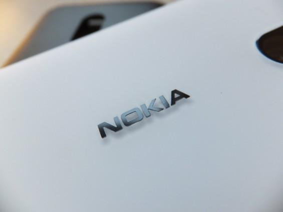 Nokia Lumia 620 24