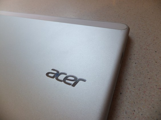 Acer W700 Pic25