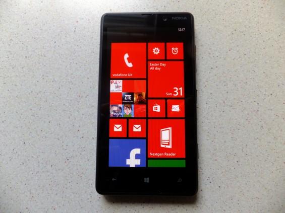 Nokia Lumia 820 pic8