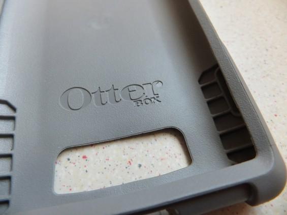 HTC 8X Otterbox pic12