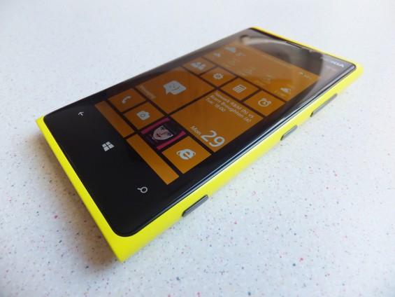 Nokia Lumia 920 Pic1