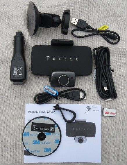 Parrot Minikit 01