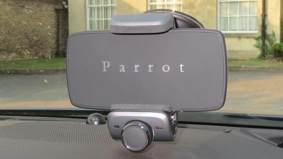 Parrot Minikit 24