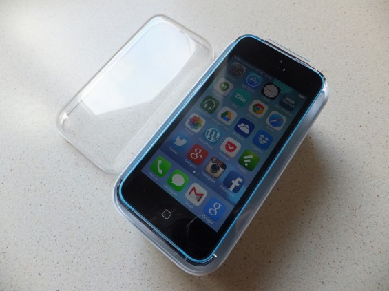 Apple iPhone 5C pic2