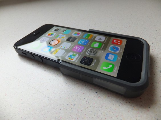 Otterbox Reflex iPhone 5 Pic1