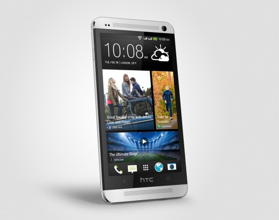 One Dual Sim silver Perspective Left HiRGB Render