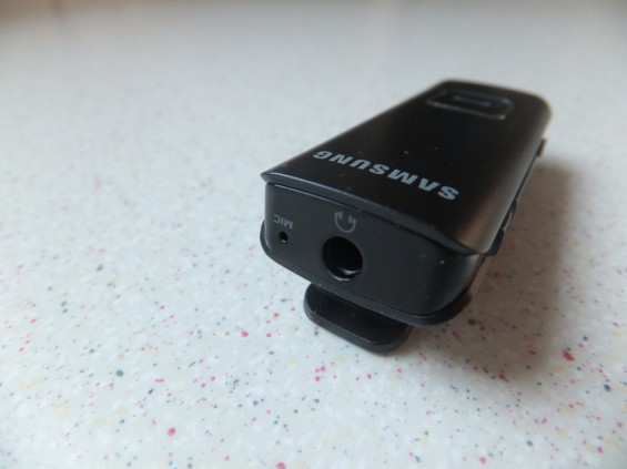 Samsung HS3000 Bluetooth Headset Pic5