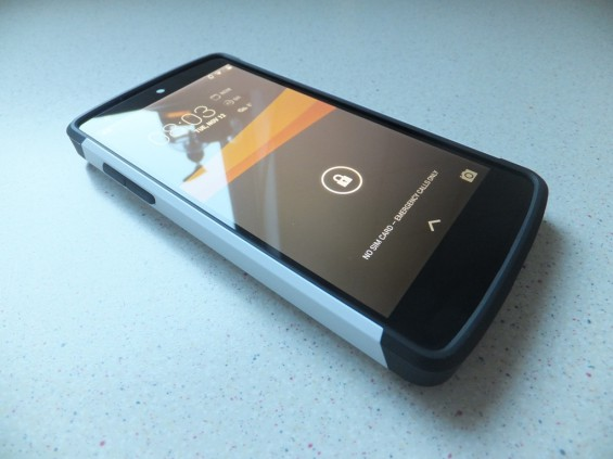 Sigen Slim Armor Nexus 5 Pic2