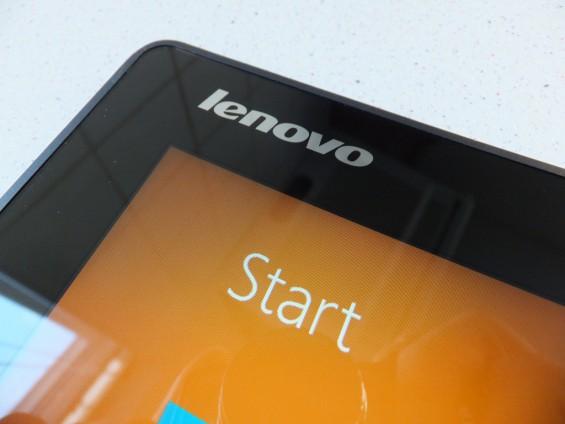 Lenovo Yoga 2 Pic1