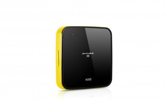 Osprey   Black and yellow   front angled (2)