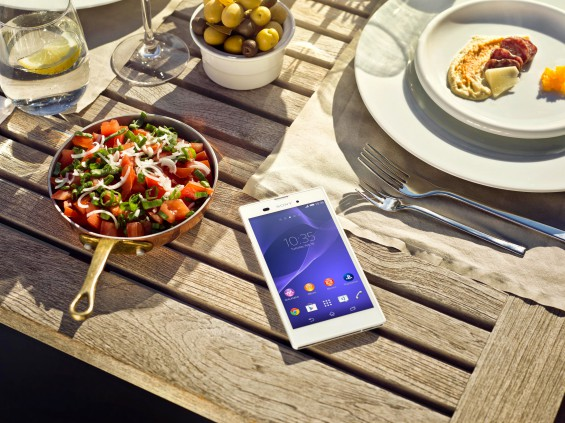 11 Xperia T3 Lifestyle Dinner