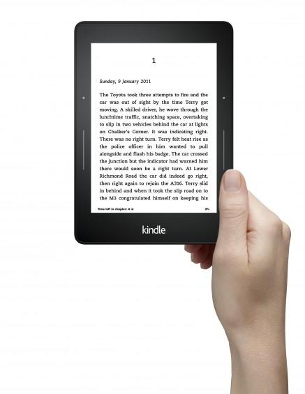 Kindle Voyage Hand