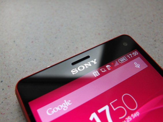 Sony Xperia Z3 Compact Pic12