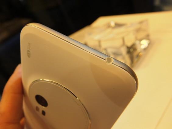Asus Zenfone Zoom Pic8