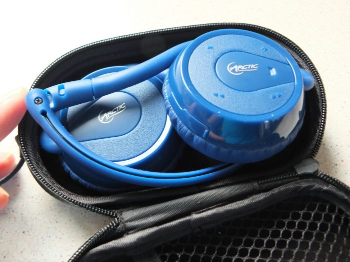 Artic P324BT Bluetooth Headphones Pic1