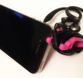 A look at the Phone Buddy   A simple way to keep your earphones tidy