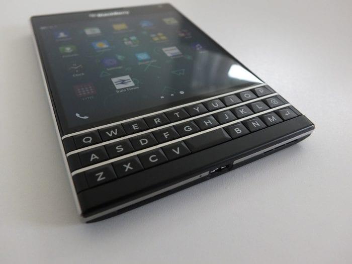 BlackBerry Passport Pic21