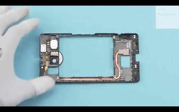 Microsoft Lumia 950 XL Teardown Service Video 1445341270 0 0