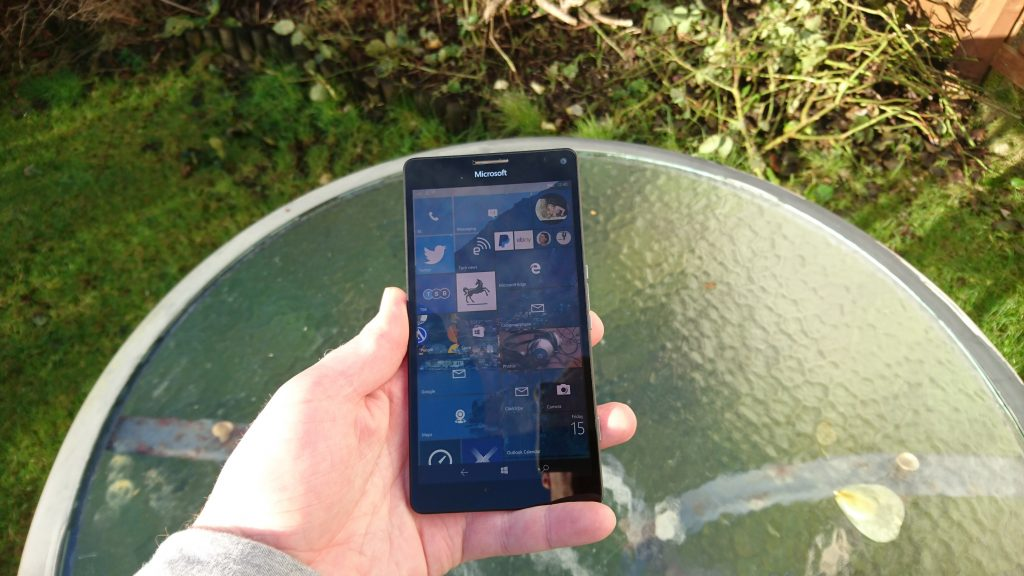 The BLU Win 4.5 JR   The £40 smartphone, reviewed.
