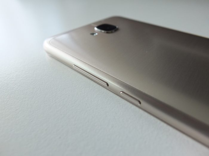 Honor 5C Gold Pic3