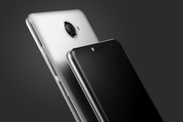 Vodafone Smart ultra 7  13