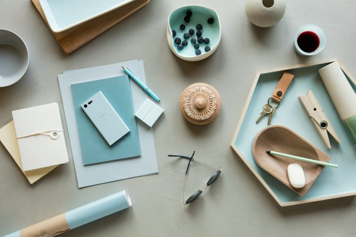 Sony Xperia X Compact Mist Blue Lifestyle 2