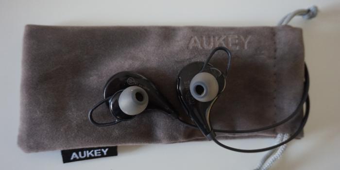 aukey wireless bag
