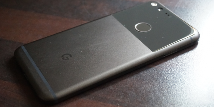 pixel review back glass