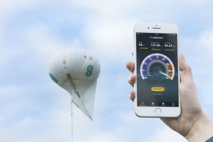Speed test of the 4G network over the EE 4G air mast