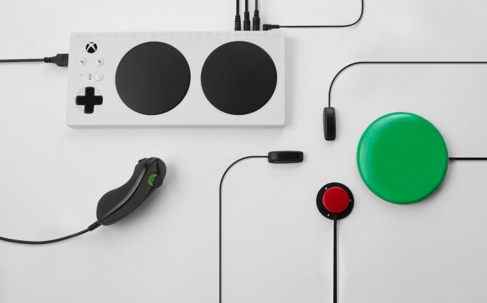 Xbox Adaptive Controller 173