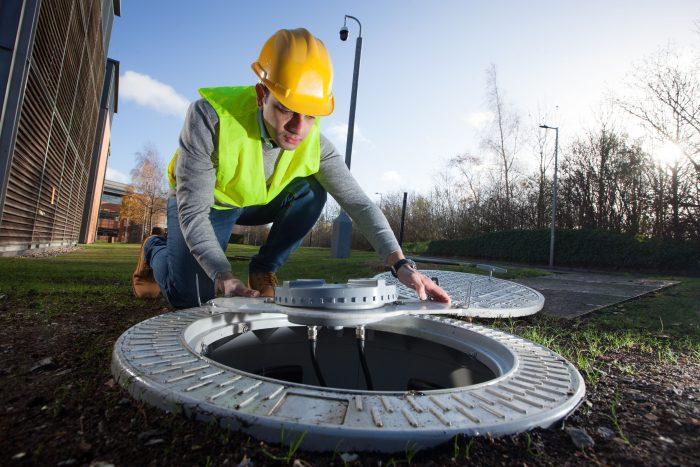 18 12 10   Manhole 1