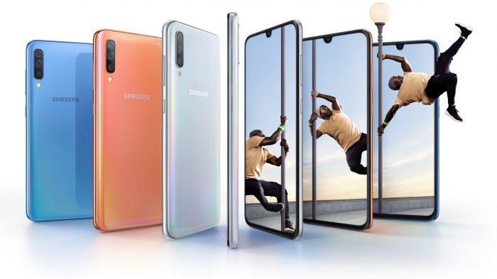 Galaxy A70 Lifestyle KV combo bluecoralwhite 2P1