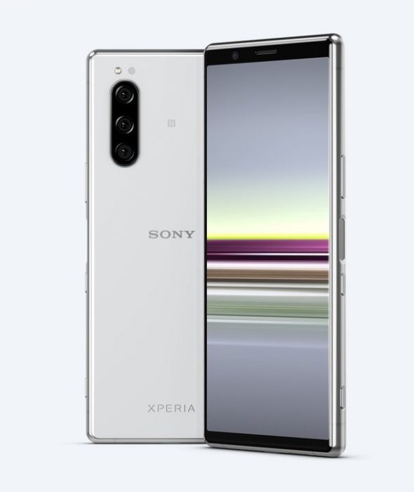 Sony Xperia 5 now available, and you can grab some BIG freebies too.