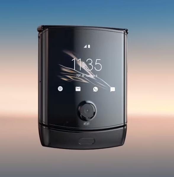 The new Motorola RAZR. Take my money.