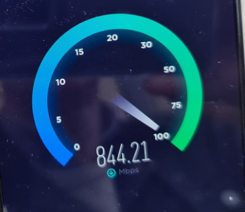 5G Speed testing. Three might be late to the party, but theyre bloody quick