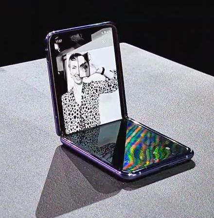 Samsung Galaxy Z Flip and Samsung Galaxy Fold 5G now at Vodafone